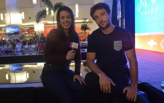 Kayke Brito conversou com a apresentadora Narah Rodrigues (Foto: Jorge Abreu/Rede Amazônica)