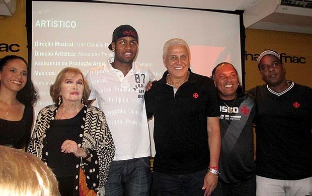 Dedé e Roberto Dinamite no lançamento do DVD do Vasco (Foto: Rafael Cavalieri / Globoesporte.com)
