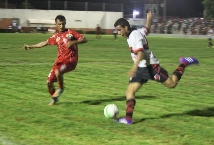 4 de Julho x Flamengo-PI (Foto: Emanuele Madeira/GLOBOESPORTE.COM)