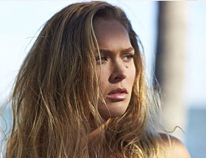 Ronda Rousey ensaio na revista Sports Illustrated UFC MMA