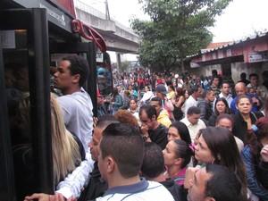 Greve da CPTM próximo à estação Santo Amaro, em São Paulo  (Foto: Rafael Brito/Futura Press/Folhapress)