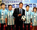 Com cinco brasileiros, rival ameaça hegemonia do time de Conca na China