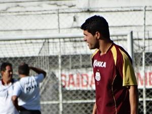 Candinho, atacante do Central (Foto: Lafaete Vaz / GloboEsporte.com)