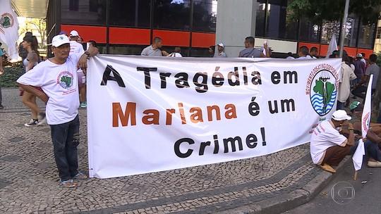 Atingidos por desastre de Mariana protestam em Belo Horizonte