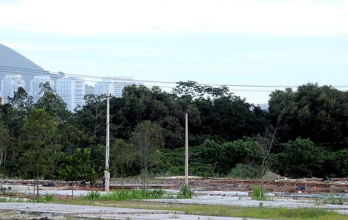terreno CT Vasco Botafogo Vargem Grande (Foto: André Durão / Globoesporte.com)