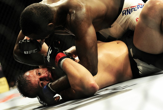 Fábio Maldonado x Corey Anderson UFC São Paulo (Foto: Marcos Ribolli)