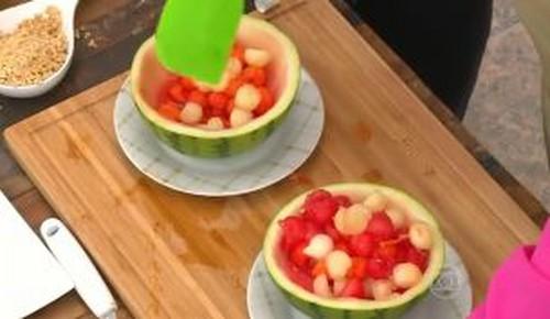 Salada de Frutas Geladas da Suzy Rêgo