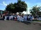 Servidores da saúde em Uberlândia paralisam atividades e manifestam