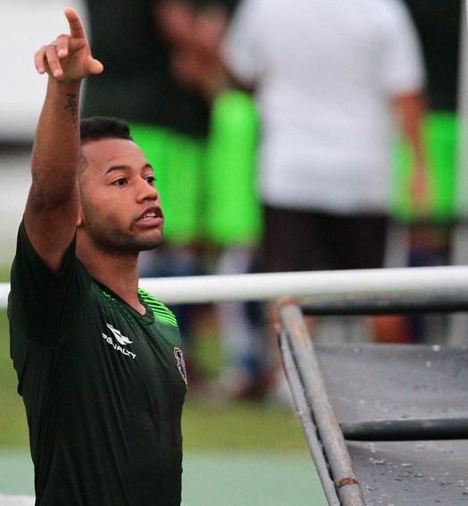 mais um (Aldo Carneiro/ Pernambuco Press)