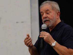 O ex-presidente Lula participa de debate com jovens em São Bernardo do Campo, na Grande SP (Foto: Anderson Gores/Framephoto/Estadão Conteúdo)