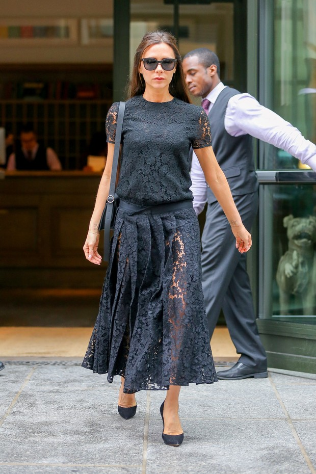 Victoria Beckham em Nova York, nos Estados Unidos (Foto: AKM-GSI/ Agência)