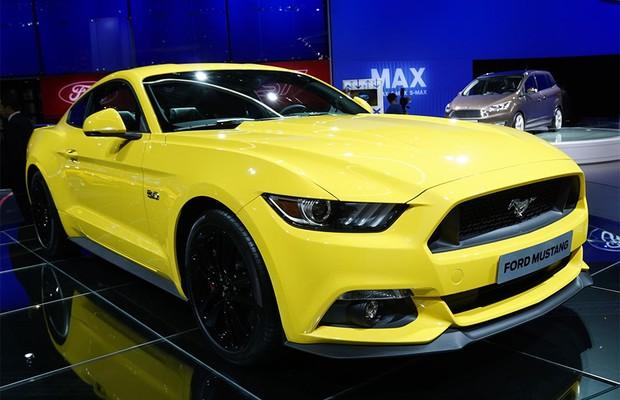 Ford Mustang 2015 no Salão de Paris (Foto: Newspress)