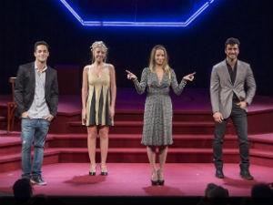 Danielle Winits, no espetáculo 'Quem Ri Por Último Ri Melhor' (Foto: Divulgação/ Assessoria )