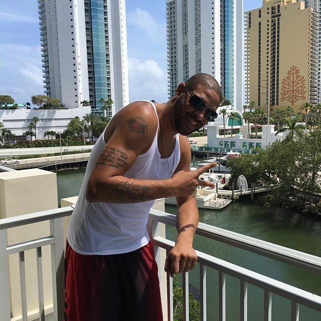 Adriano sorri apartamento Miami