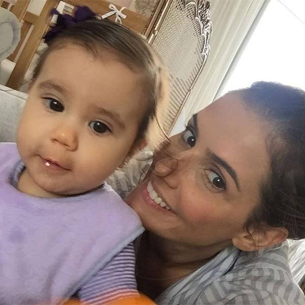 Maria Flor e Deborah Secco (Foto: Reprodução Instagram)