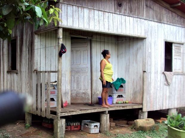 De acordo com pesquisador muitas casas ainda são habitadas e moradores correm risco de contaminação (Foto: Divulgação)