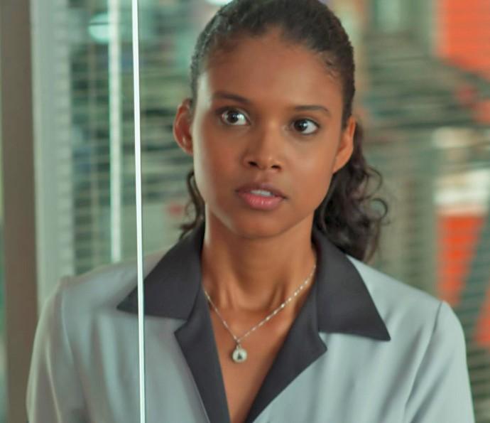 Joana segue o conselho de Tânia e toma coragem para falar toda a verdade a Caio e Ricardo (Foto: TV Globo)