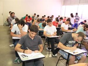 Apenas 1.236 candidatos fizeram prova da segunda fase (Foto: L. Adolfo/UFTM)