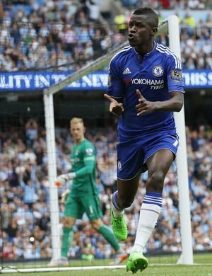 Ramires Chelsea Manchester City (Foto: Reuters)