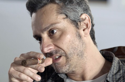 Alexandre Nero, o Romero de 'A regra do jogo' (Foto: TV Globo)