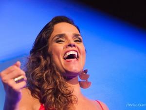 Fernanda Guimarães canta Elis Regina em Maceió nesta quarta-feira (27) (Foto: Divulgação)