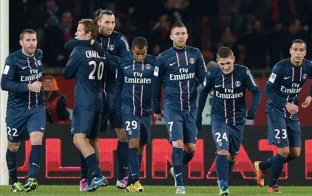 Ibrahimovic Lucas gol PSG (Foto: AFP)