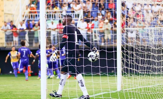 Felipe goleiro Bragantino (Foto: Bruno Castilho/EC Taubaté)