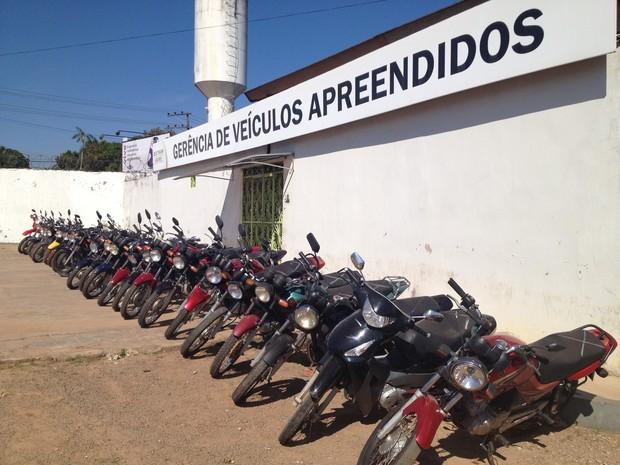 Motos roubadas (Foto: Rayssa Natani/ G1)
