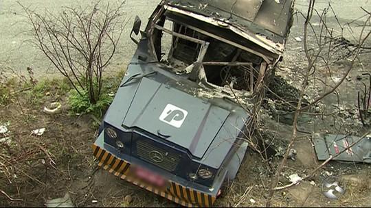 Seguranças baleados em assalto a carro-forte são socorridos para o HRA