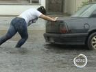 Chuvas provocam pontos de alagamento e param balsa na região