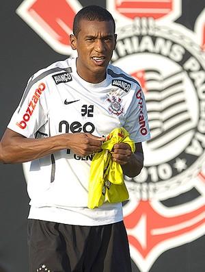 Edenílson treino Corinthians (Foto: Ag. Estado)
