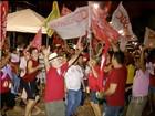 Eleitores comemoram vitória de Dilma no TO (Reprodução/TV Anhanguera)