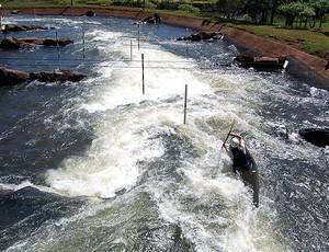 Pista de canoagem slalom de Foz do Iguaçu (Foto: Iran Schleder / CBCa)