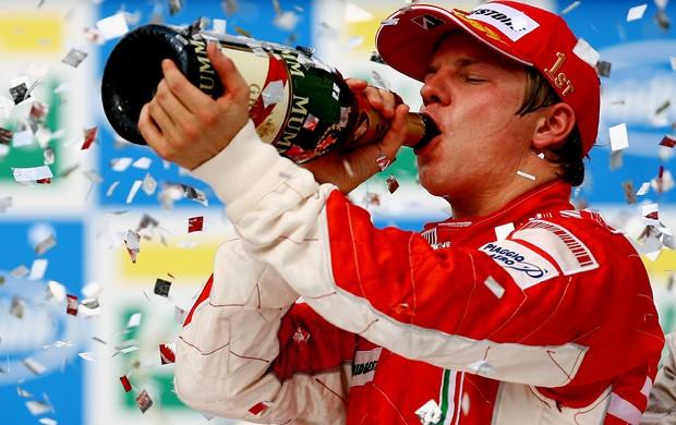 kimi raikkonen Ferrari gp do BRasil 2007 (Foto: Agência Getty Images)