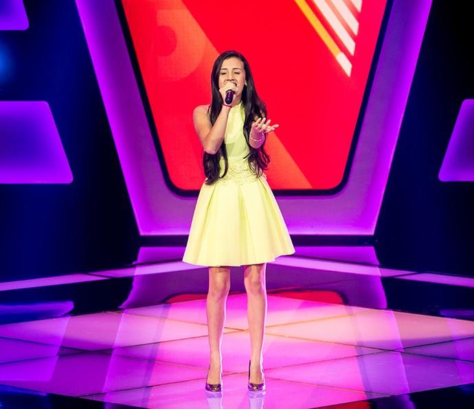 Stéffany Laura soltou a voz ao som de 'Primavera' (Foto: Isabella Pinheiro/Gshow)