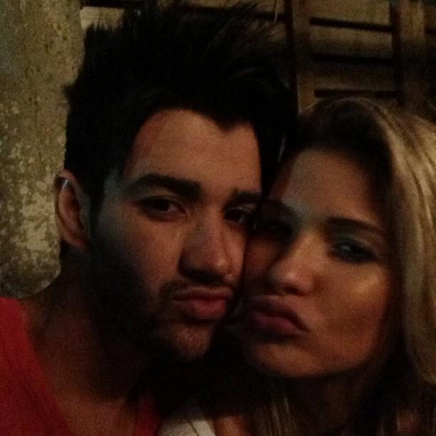 Gusttavo Lima posta foto com a noiva, Andressa Suita (Foto: Instagram)