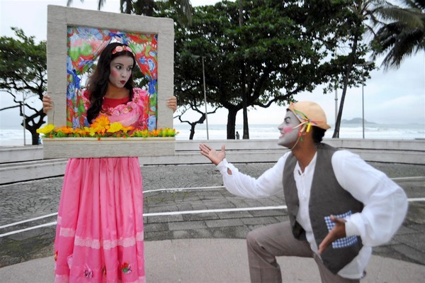 Teatro de rua (Foto: reprodução - Prefeitura de Guarujá)