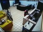 Vídeo mostra ação dos criminosos durante assalto a hotel em Itápolis