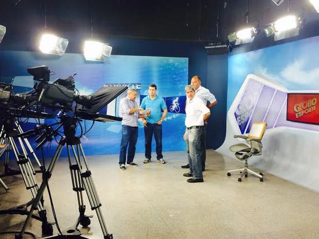 Estúdio onde será realizado o debate entre os candidatos ao governo (Foto: Zeca Soares / G1)
