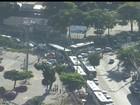 Moradores protestam para ônibus voltar a circular em São Gonçalo