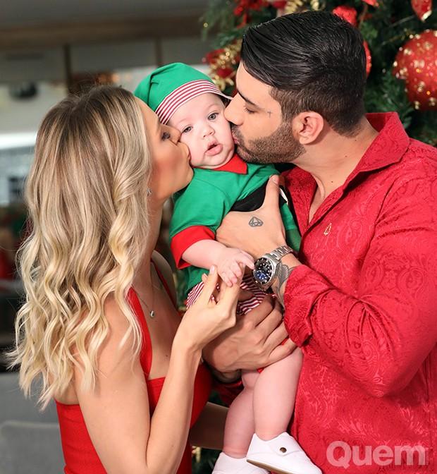 Gusttavo Lima e Andressa Suita com o filho, Gabriel (Foto: Karla Passaglia/ Tristana Passaglia)