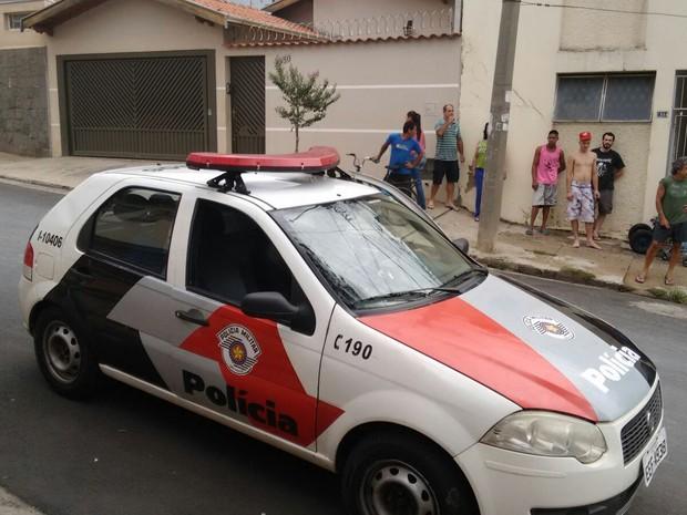 Polícia Militar prendeu suspeito nesta quarta em Piracicaba (Foto: Edijan Del Santo/EPTV)