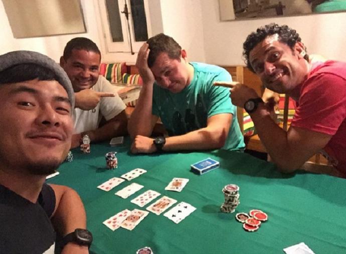 d20aeb1a23 Fred provoca amigos em noite de pôquer (Foto  Reprodução   Instagram)