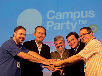 Governador Eduardo Campos na Campus Party Brasil (Foto: Flavia de Quadros / Divulga&#231;&#227;o / Indicefotos)