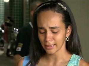 Renata chegou a contar à polícia que bebê foir roubado (Foto: Reprodução/TV Globo)