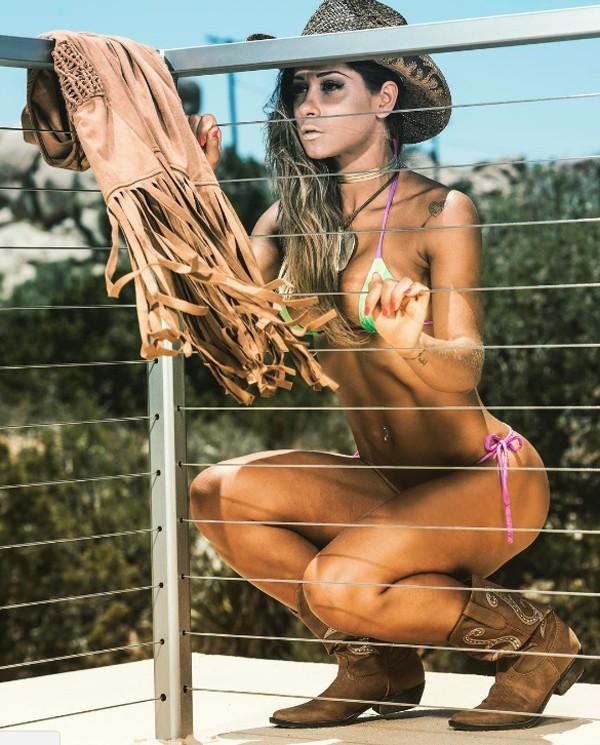 Mayra Cardi posa de biquíni (Foto: Reprodução / Instagram)