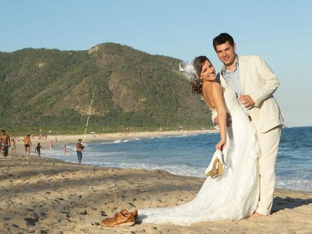 Fernando e Danielle se conheceram no site e casaram em março de 2014 (Foto: Fernando de Sousa/ Arquivo Pessoal)