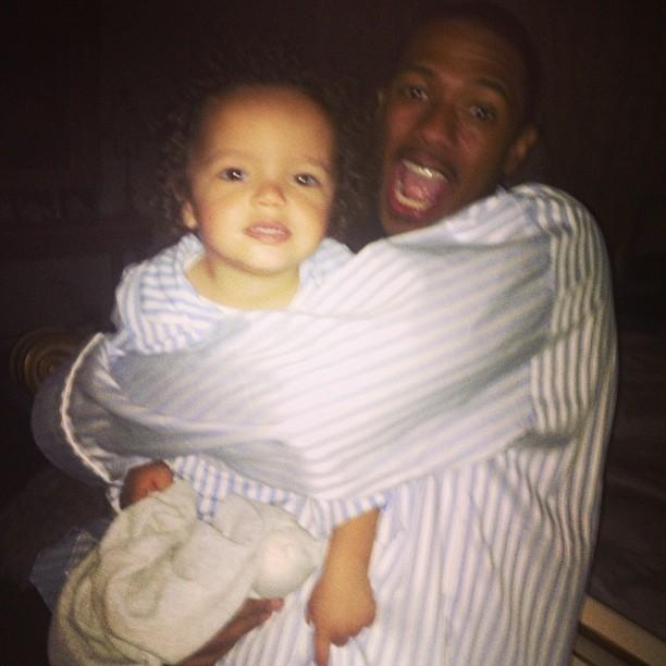 Nick Cannon se diverte com o filho (Foto: Instagram)
