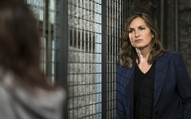 """Law and Order: SVU - """"Something Happened"""" (7Ep19T)"""