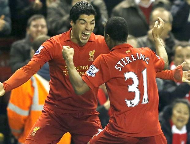 Suárez comemora gol do Liverpool contra o Sunderland (Foto: Agência Reuters)